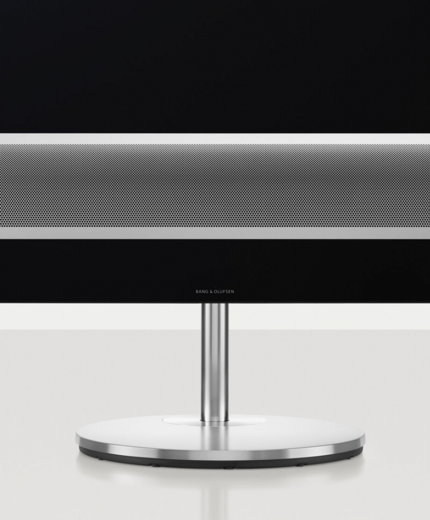 bang-olufsen-eclipse-stand.jpg